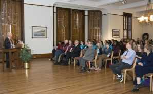 Professor Dr. Harald zur Hausen presents his lecture to a full house in March.