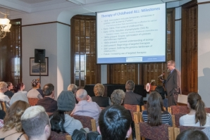 Dr. Stephen Hunger speaks at Biomedical Lecture